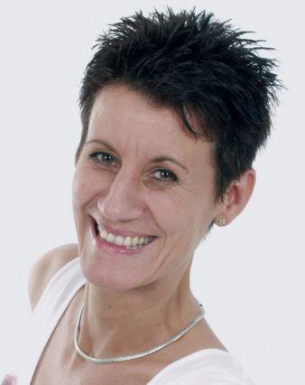 Iris Schlomski, editor in chief