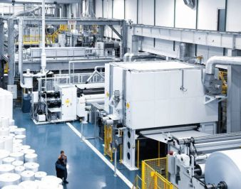 Oerlikon Neumag spunbond technology – high production capacities at low costs (Photo: Oerlikon)