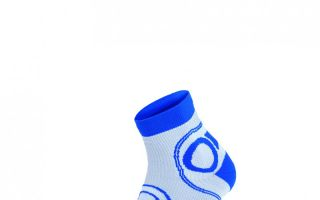 The new socks by Lowa are protecting the ankles Photo: Lowa