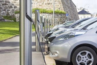 Electric cars – one of many possible applications for battery systems