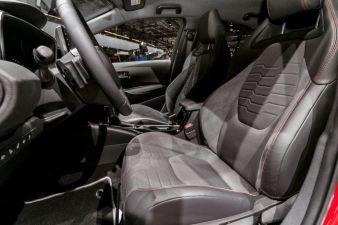 Toyota-Corolla-Hyprid-.jpg