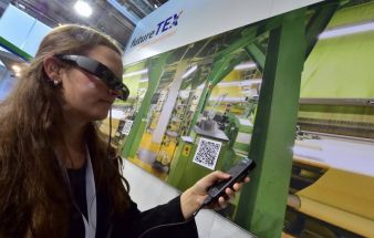 Textile industry, ready for Industry 4.0 (Photo: W. Schmidt)