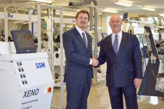 Hand in hand: Dr. Maccabruni  /  E. Maurer (Photo: SSM)