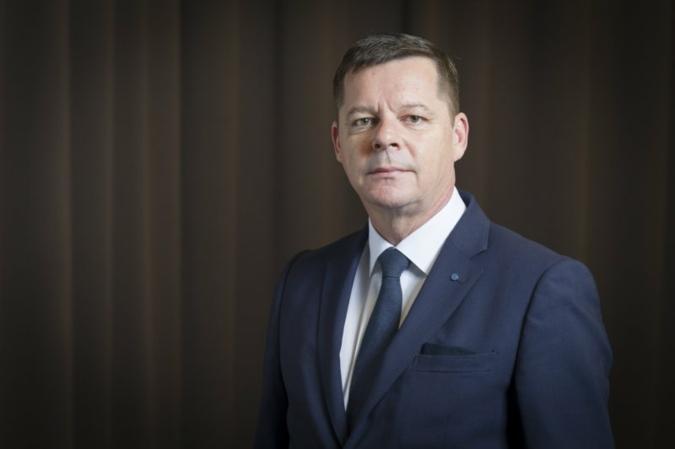 Jens-D-Lukaczik-Praesident.jpg