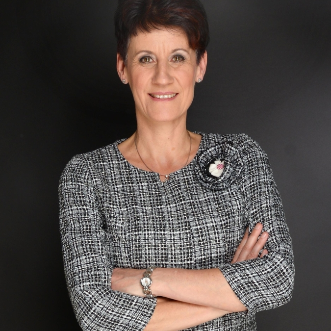 Iris Schlomski