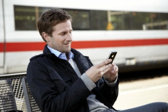 Retouren werden jetzt noch einfacher per Smartphone, Tablet oder Laptop und individuellem Retouren-QR-Code. Photo: Hermes
