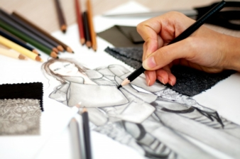 Designers create sketches of their ideas before they look for appropriate materials Photo: illustrart/Shutterstock