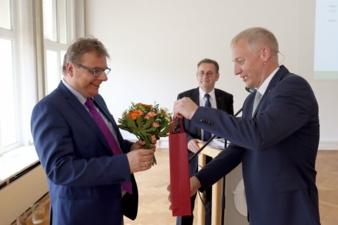 Dr-Rolf-Egbert-Gruetzner.jpg