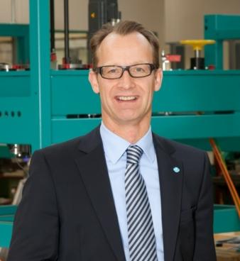 Head of the family-owned business since 2002: Dr. Janpeter Horn Photos: Herzog Maschinenfabrik