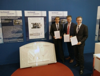 Hans-Rochus Groß, Emil Stutznäcker GmbH & Co.KG with Mesut Cetin and Josef Klingele, ITA (F. L.) Photo: ITA