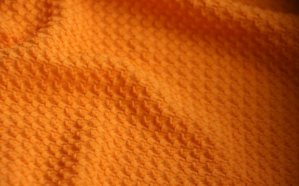 Karl Mayer: First warp knitted textiles with a seersucker effect